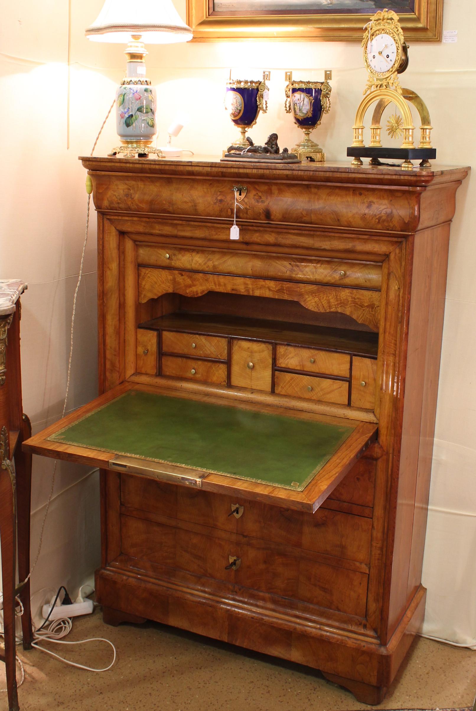 ric de br geot antiquit s. Black Bedroom Furniture Sets. Home Design Ideas